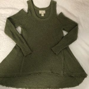 Ruby Moon EUC Light Weight Sweater, XS, $25